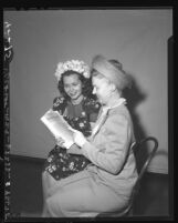 Helen Dearden and Grace Gerstenkorn of Southern California Republican Women's Club, 1946