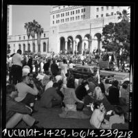 Crowd watching anti-war demonstration on the steps of Los Angeles City Hall, 1968
