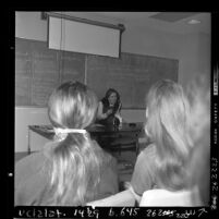 Actress Patty Duke speaking to class of UCLA nursing students about portraying Helen Keller, 1970
