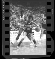 Basketball player Cheryl Miller in Final Four game against Tennessee, 1986