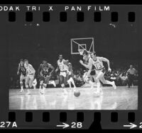 Los Angeles Lakers vs Detroit Pistons game, 1970