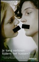 Je tong verloren tijdens het kussen? [inscribed]