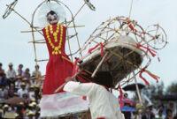 Chines de Oaxaca, man and stick sculpture [blurred], 1982