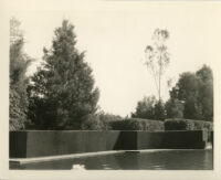 Wright Saltus Ludington residence, hedges and trees surrounding oval reflecting pool, Montecito, 1931