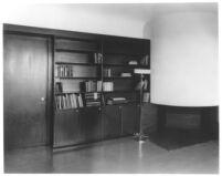 J. N. Brown House, interior den bookcases