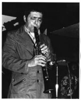 Art Pepper playing the clarinet [descriptive]