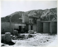 Kaufmann House, construction, Palm Springs, California, 1946