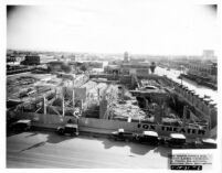 Fox Theatre, Phoenix, Constuction site [1], framing, [1931-01-15]