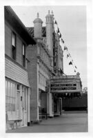 Fox Theatre, Redondo Beach, exterior, side view of marquee