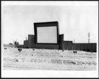 Drive-in theatre, Arcadia, screen, parking view