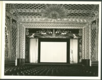 Fox Wilshire, Beverly Hills, auditorium, proscenium [motion picture screen]
