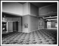 Lakewood Theatre, Lakewood, foyer