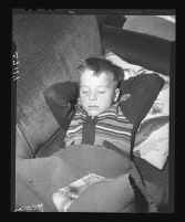 Gus Lyon refuses to sleep until his cousin, Kathy Fiscus, is rescued, 1949.