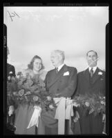 Governor Olson and Tournament of Roses Queen Sally Stanton at dedication of Arroyo Seco Parkway, Los Angeles, 1940