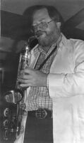 Gary Foster playing the saxophone in 1978 [descriptive]