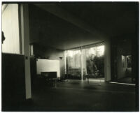 Beard House, view of living room looking out to exterior landscape, Altadena, California, 1934
