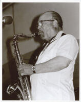 Red Holloway playing the tenor saxophone, Los Angeles, September 1999 [descriptive]