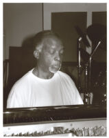 Ahmad Jamal playing the piano in Los Angeles, July 1996 [descriptive]