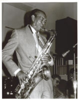 Harold Land playing the saxophone, Los Angeles [descriptive]