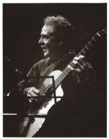 John Pisano playing guitar in Los Angeles, May 2007[descriptive]
