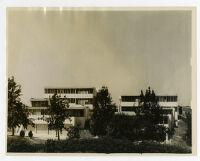 Strathmore Apartments, exterior, Los Angeles, California, 1937