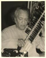 Ravi Shankar playing the sitar, Los Angeles [descriptive]
