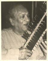 Ravi Shankar playing the sitar, Los Angeles [descriptive]