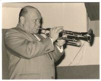 Warren Vaché playing the trumpet, Los Angeles [descriptive]