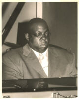 Cyrus Chestnut playing the piano in Los Angeles [descriptive]