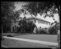Beverly Hills home of William F. Gettle, kidnapping victim.  May 1934.
