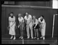 Badminton pro Jess Willard gives girls a few pointers, Los Angeles, 1935