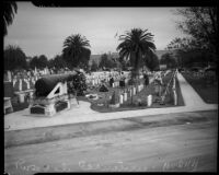 Volunteers decorate Rosedale Cemetery for Memorial Day, Los Angeles, 1935