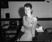 Katheryn Padrick posing, Los Angeles, 1930s