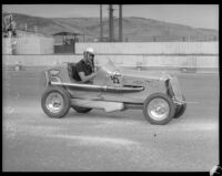 Race car driver Bob Swanson competes at the Legion Ascot speedway, Los Angeles, 1935