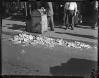 Unswept streets, Los Angeles, circa 1935