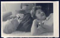 Aldous and Laura Huxley reclining, close-up [descriptive]