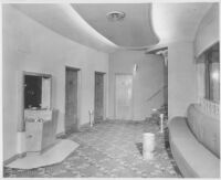 Miami Theatre, Miami, lounge entry