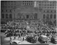 Crowd watching the Labor Day Parade pass in front of City Hall, Los Angeles, September 6, 1937