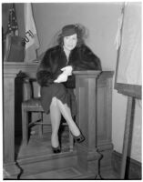 Silent era actress Miriam Cooper Walsh in the courtroom, probably in connection with her divorce from director/producer Raoul Walsh