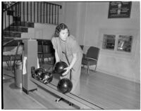 Mrs. William E. Beatty, chairman of the bowling event during a Women's Field Day Challenge, May 1939