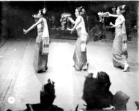 3 female dancers