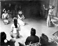 4 female dancers and gamelan