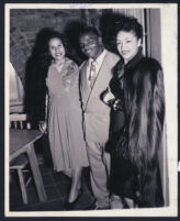Abie Robinson and two unidentified women, Los Angeles, 1940s