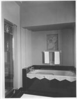 Sheehan Apartments, Beverly Hills, bathroom