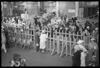 Crowd gathered outside of the S.S. Mariposa, Los Angeles