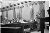 William Simpson indicating a point on a map at Albert Dyer's murder trial, Los Angeles, 1937