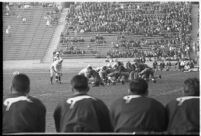Loyola Lions face Santa Clara Broncos at the Coliseum, Los Angeles, 1937
