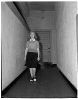 15-year-old opera singer Lura Sears, Alhambra, 1940
