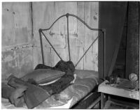 Room inside the deserted Palm Springs cabin where Betty Hardaker hid after murdering her daughter, Palm Springs, 1940