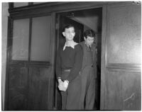 """John Frank Reavis, trombone player and candy salesman, on trial for the murder of Alice """"Jerry"""" Burns, Los Angeles, May 1940"""